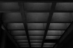 Montréal's Metro Station 6/68 - Viau - Ligne Verte (VdlMrc) Tags: montréal metro subway architecture minimaliste minimalism monochrome blackandwhite noiretblanc géométrie geometry québec canada station stm