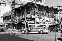 Street of Manila (frank.gronau) Tags: manila street white black weis schwarz alpha sony gronau frank
