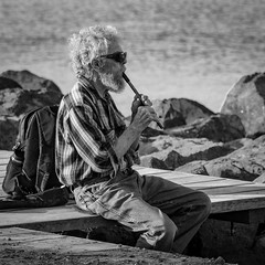 On the beach (Walt Polley) Tags: 28300mmf3556nikkor copyright©2018waltpolley duluth minnesota nikond500 northshore