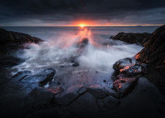 sunstar copy 3-2560a (KasparsDz) Tags: iceland landscape photography beach waves sunset red glow moody dramatic nature travel reykjavik beauty long exposure nikon dslr tours