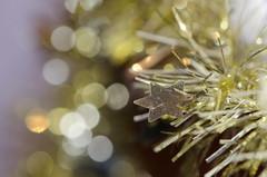 Tinsel (Spannarama) Tags: tinsel bokeh closeup decorations christmasdecorations christmas sparkly gold