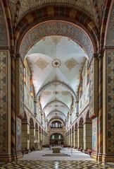 Kaiserdom Königslutter (ulrichcziollek) Tags: niedersachsen kirche königslutter kaiserdom romanisch romanik langschiff kirchenschiff gewölbe kreuzgewölbe