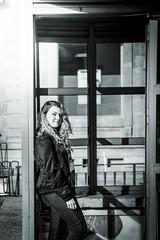 Viaje a Asturias y Cantabria (jorgesarrion) Tags: asturias cantabria oviedo santander gijon ciudad vistas naturaleza verde frondoso bosque azul mar parajes luz dia atardecer sunset day agua montañas arboles amigos city friends horreos playa beach arena sand sun sky blue green aantilados cliff builds edificios estatuas monumentos avion vuelo plane flight wonderful pretty beauty wonder cool straights escaleras nubes ala clouds me yo fotografo jorgesarrion