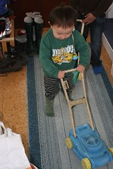 Trying out the lawnmover (Martin Lindstrom) Tags: samuel lawnmover