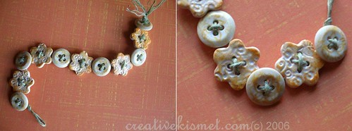 Peaches & Cream Button Bracelet par Regina (creative kismet)