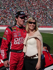 Carl and Nicole (hturnbul2001) Tags: nicole nascar carledwards atlantamotorspeedway bassproshops500