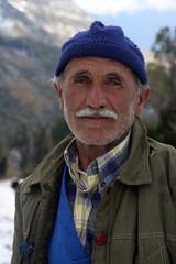 Turkish peasant (aratinga) Tags: mountains turkey peasant
