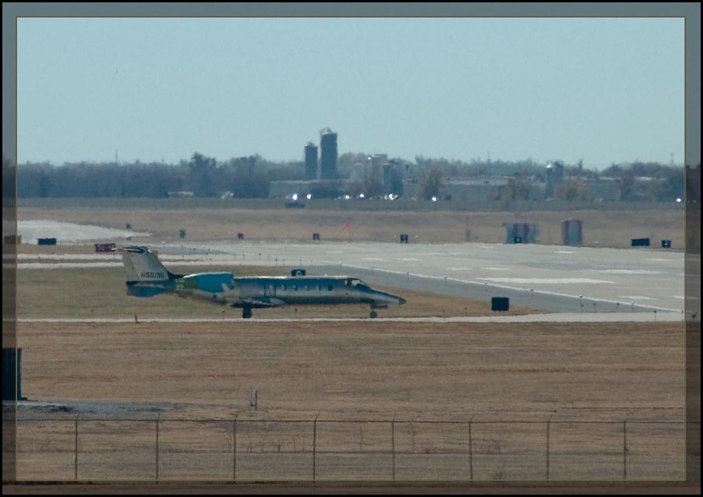 Green Learjet 60