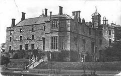 Niddrie House