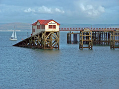 Lifeboat House... (welshlady) Tags: uk sea building southwales architecture seaside construction memorial searchthebest lifeboat 100views 400views 300views 200views trophy lovely bandstand boathouse swanseabay standingovation captainscott mumbleshead welshlady amateurhour theworldthroughmyeyes kodak740 abigfave gowercoast