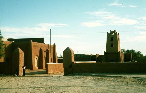 بلادي الجزائر الحبيبة 301345212_ff56891095.jpg