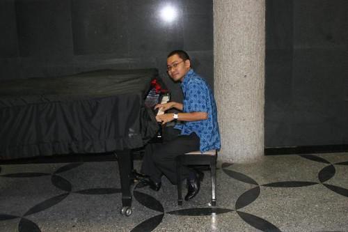 PianoMan...!