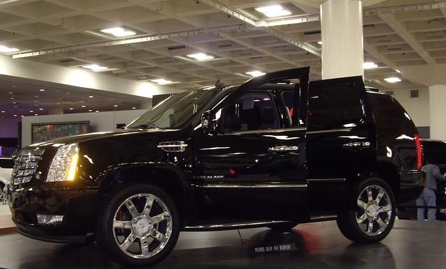 cars automobile autoshow cadillac escalade 2006sanfranciscoautoshow