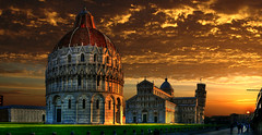 Pisa, Piazza dei miracoli (Batistini Gaston) Tags: italy panorama beautiful bravo picture panoramic pisa photoshoped hdr skyplay batistini perfectpanoramas specobject lppan artinoneshot