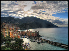 My first HDR (**luisa**) Tags: panorama interestingness quality liguria scout itali camogli hdr 97 i500 abigfave dic7
