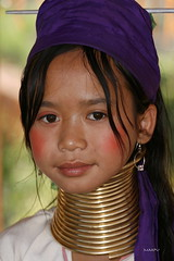 Girl With A Bronze Neck Ring!! (maapu) Tags: ladies vacation people woman holiday neck thailand bravo long burma karen longneck tribe brass burmese birma hilltribes hilltribe longnecktribe padaung birmanie kayan longneckkaren interestingness64 i500 maapu mauroof chiangmae explorejan2207 womenexpression
